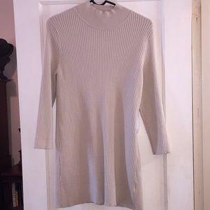 EUC Tyler Boe khaki tunic sweater